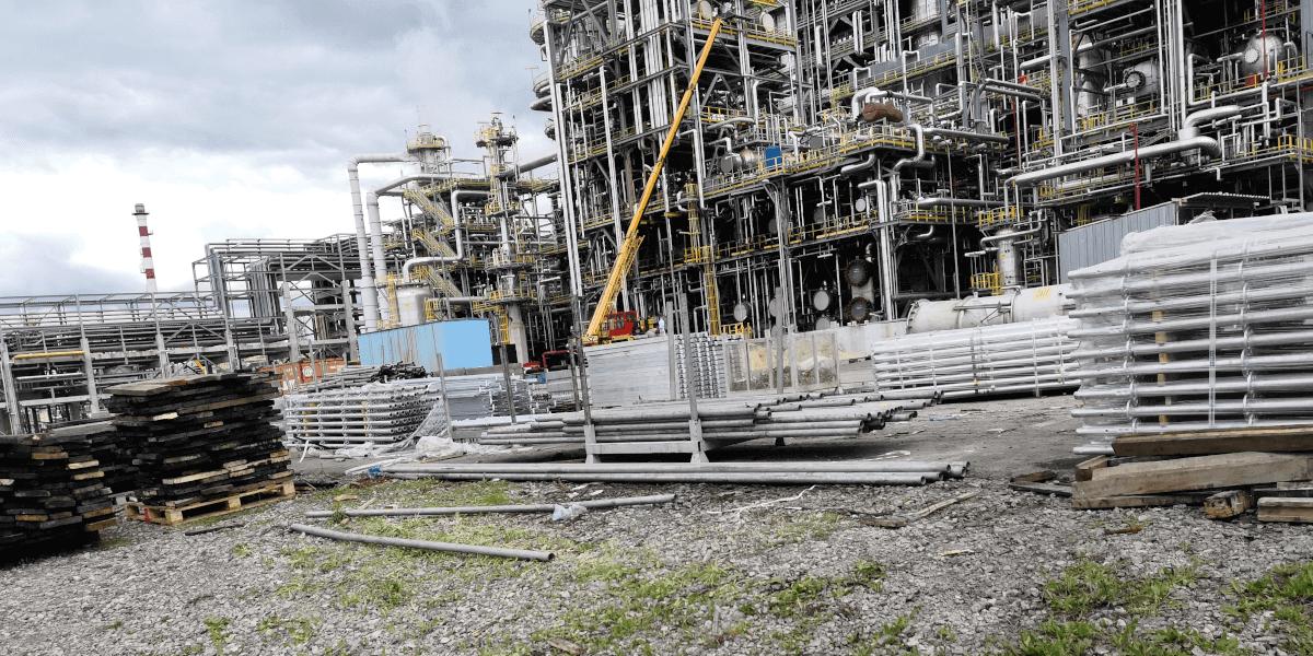 Планов ремонт на Лукойл Нефтохим - 1